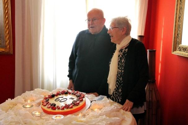 Anniversario taglio della torta