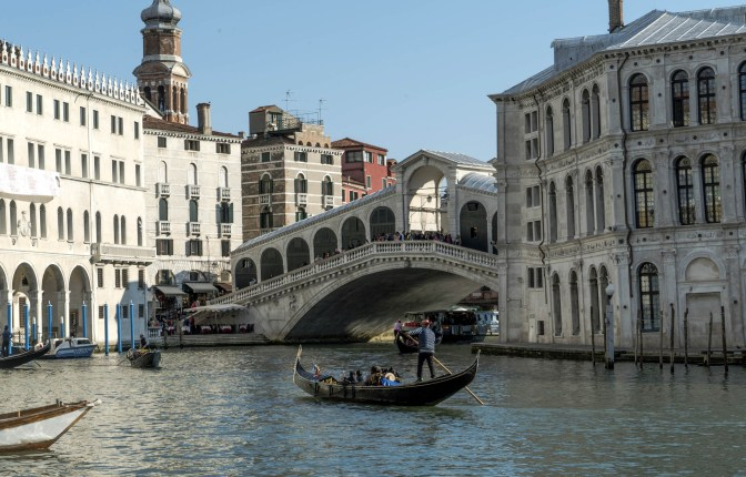 Rialto Bridge -® EXHIBITION ON SCREEN (David Bickerstaff)