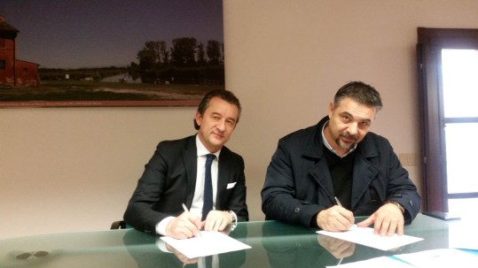 Il presidente del Parco del Mincio Maurizio Pellizzer e il sindaco di Castiglione delle Stiviere, Enrico Volpi.jpg