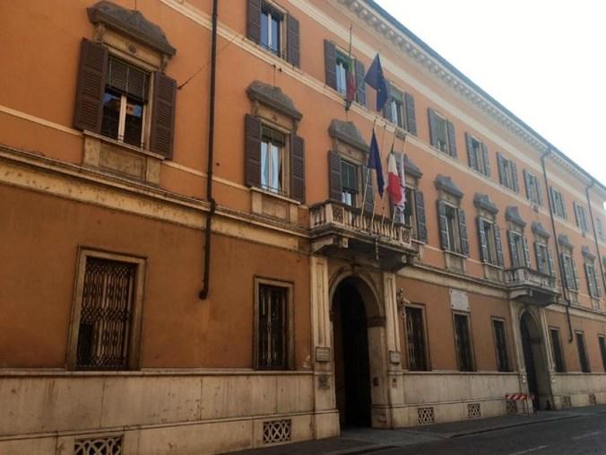 Mantova palazzo Guidi - Di Bagno.jpg