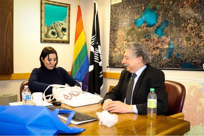 L'assessore Adriana Nepote con il primo cittadino Paul Soglin