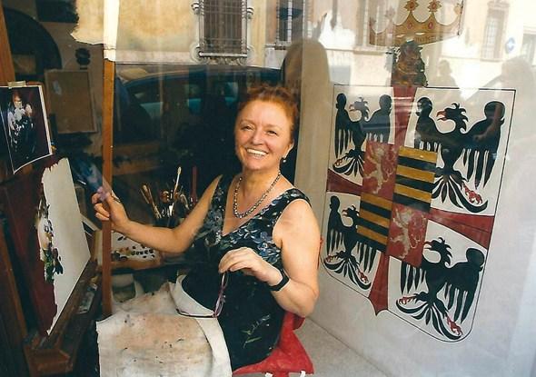 L'artista dipinge in vetrina nella sua casa-studio a Mantova.jpg