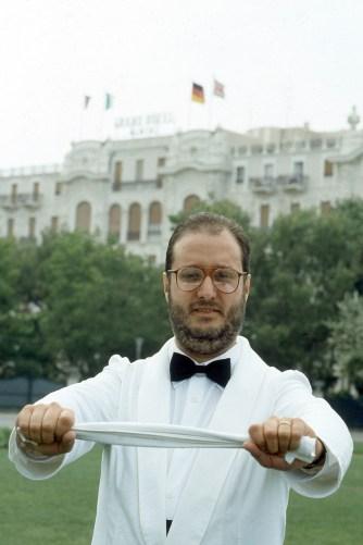 Raspelli cameriere 1985 04