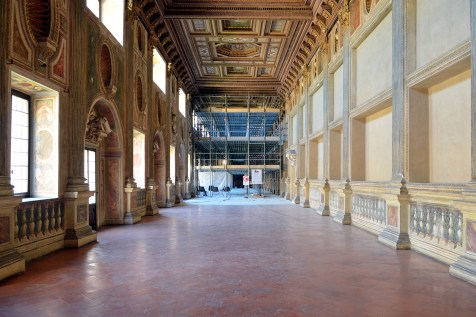 Galleria della mostra in restauro