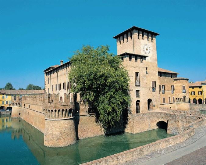 Rocca-Fontanellato-Castelli-Ducato-Aperta-Turismo