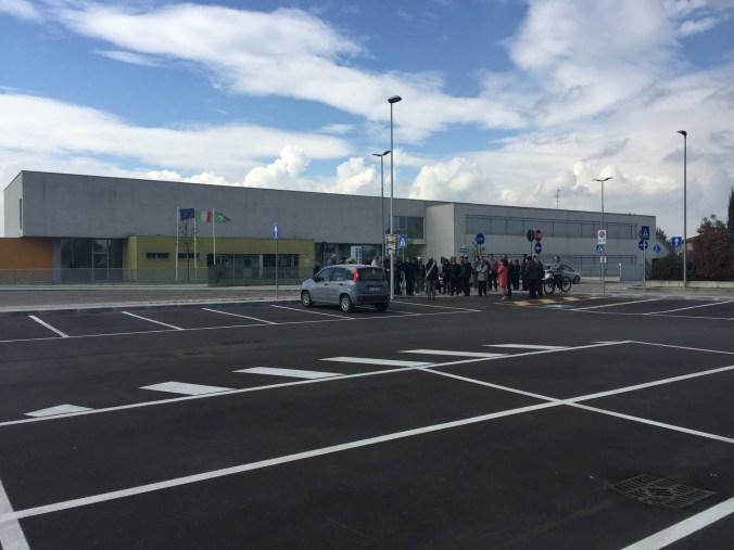 nuovo-parcheggio-primaria.jpg