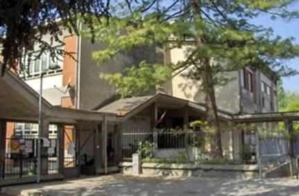 scuola primaria Edmondo De Amicis.jpg