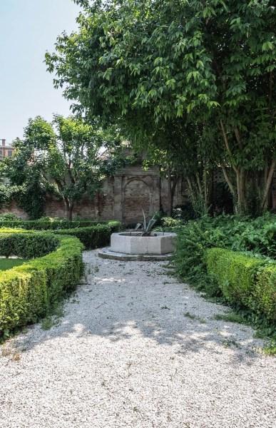Interno Verde giardino via Chiassi 6