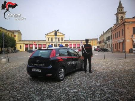 CARABINIERI Bozzolo - piazza con logo