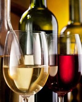 vino rosso e bianco.jpg