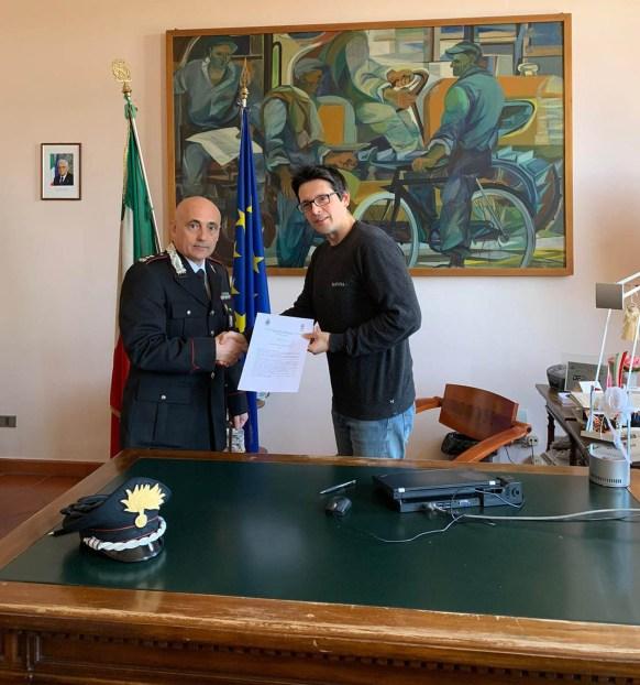 Ten. Col. Francesco Garzya e il sindaco di Suzzara, Ivan Ongari