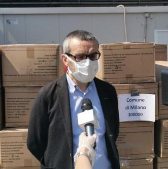 regione lombardia consegna le mascherine alla città di milano 2.jpg
