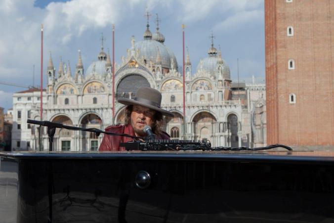 Zucchero in Piazza San Marco a Venezia (1)