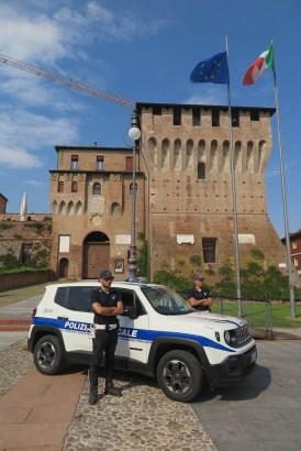 Polizia Locale - piazza Lugo (2).JPG