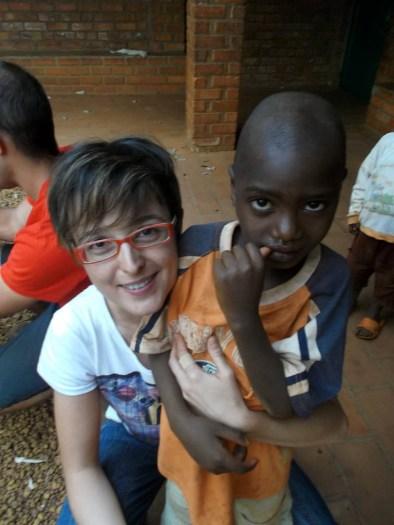 RASPELLI Simona in Burundi volontaria.jpg