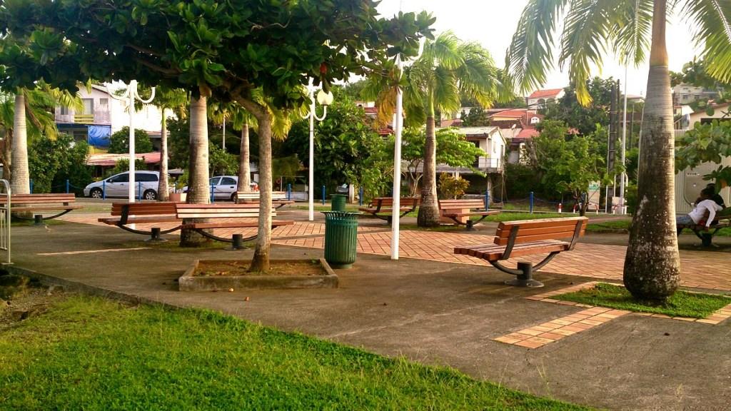 Place du bourg des Trois-îlets