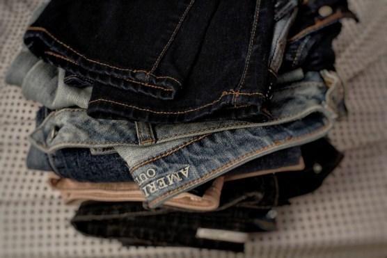 Se détendre malgré les règles douloureuses : Jeans