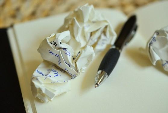 Mindandbeauty - Feuille de papier froissée