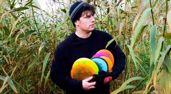 Chris of the Puttheads cradles his discs lovingly