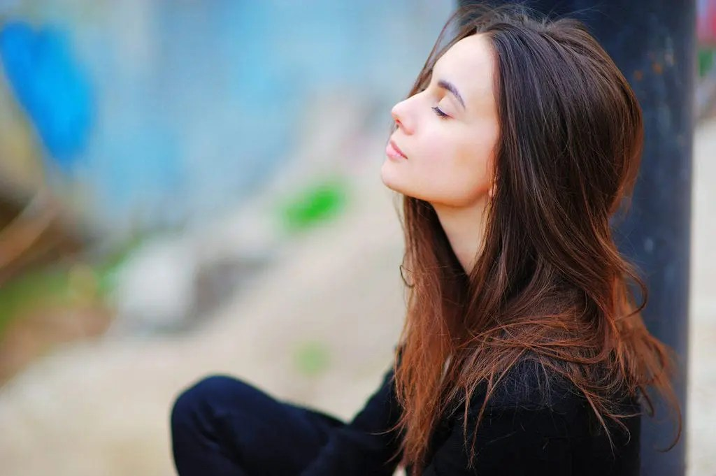 Mindfulness for Social Anxiety - a woman practices mindfulnes