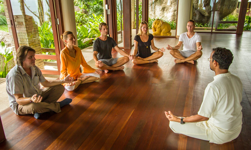 Mindfulness Meditation Retreat – vote in our poll