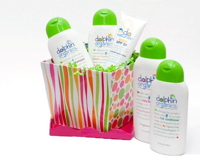 Dolphin Organics Gift Sets {+ a Giveaway!}