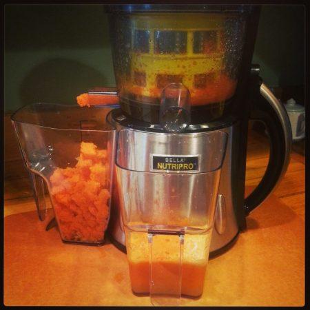 NutriPro Juicer carrot apple juice www.mindfulmomma.com