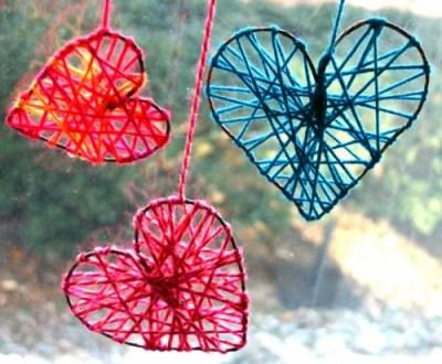 DIY Yarn Hearts via shelterness.com