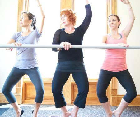 Barre class by Saundi Wilson via flickr cc