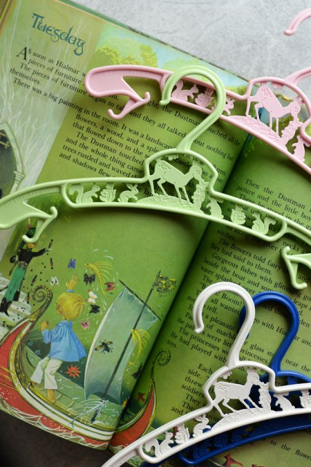Hookie Baby Hangers and Other Eco Friendly Baby Gifts