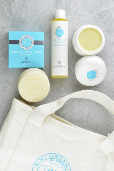 Mini Organics Gift Set and Other Eco Friendly Baby Gifts