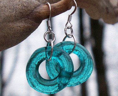 Recycled Glass Hoop Earrings // www.mindfulmomma.com