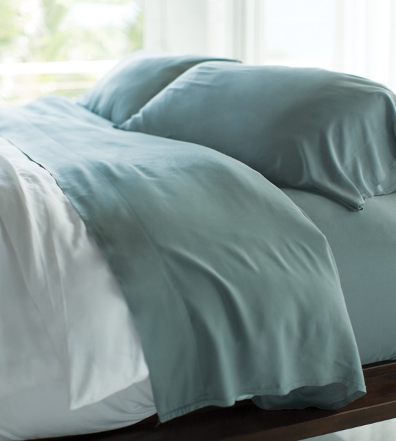 Natural & Organic Bedding - bamboo sheets from Cariloha