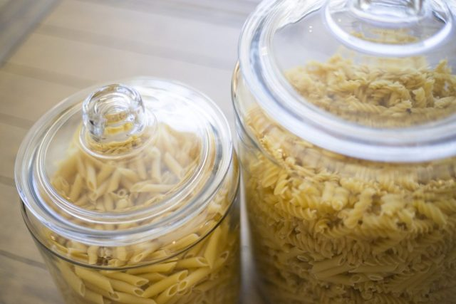pasta-glass-jar