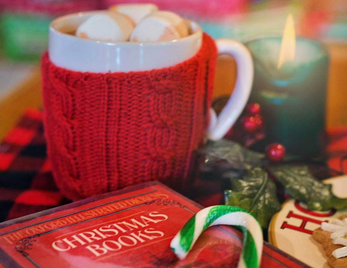 12 FREE Christmas-Themed Romance Novels to Get You into the Holiday ...