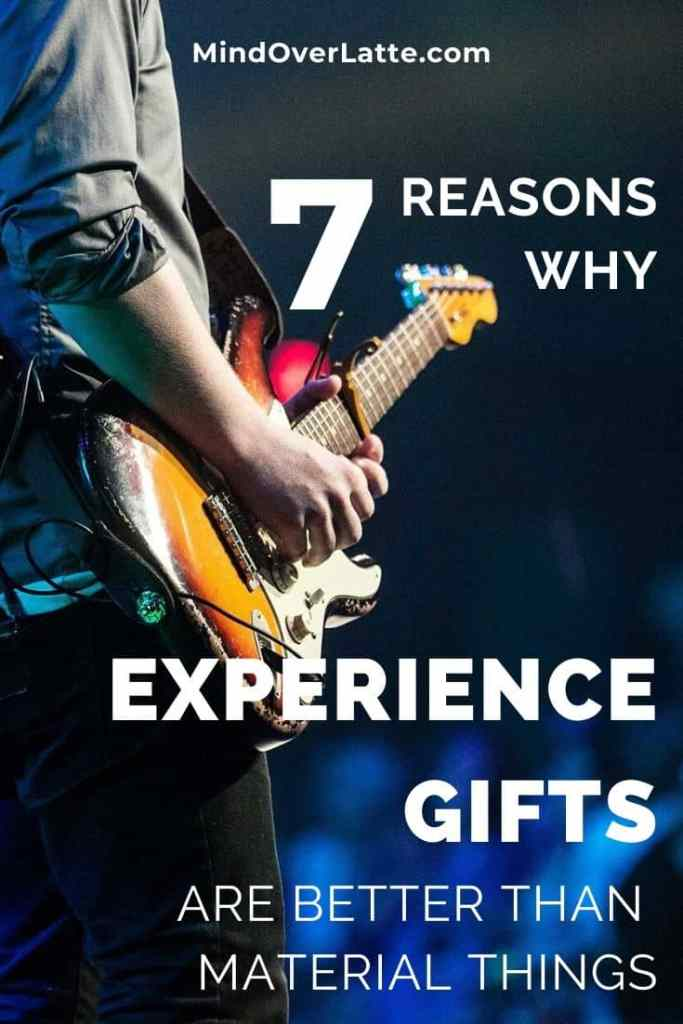 7 Reasons Why Experience Gifts are Better than material Things - mindoverlatte.com #wellness #experiences #gifts #Christmas #birthday #family #relationships