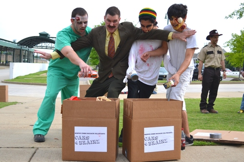 Dr tobbgans blocks zombies as they donate food