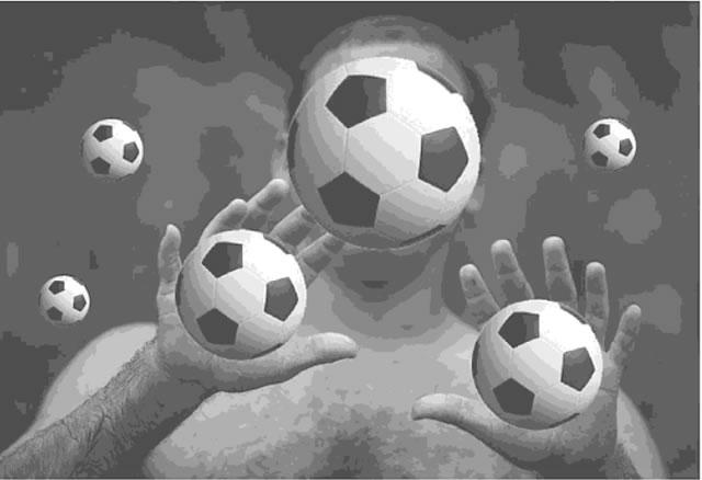 сколько мячей на картинке