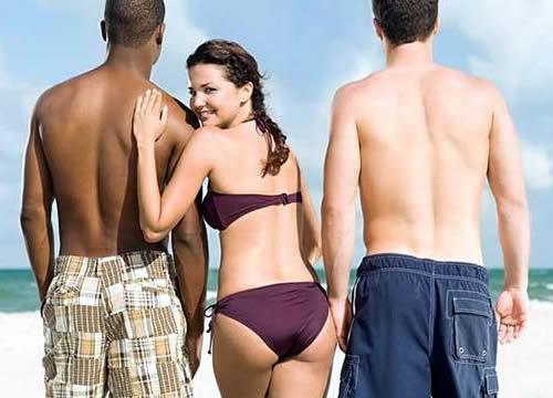 женщина с двумя мужчинами