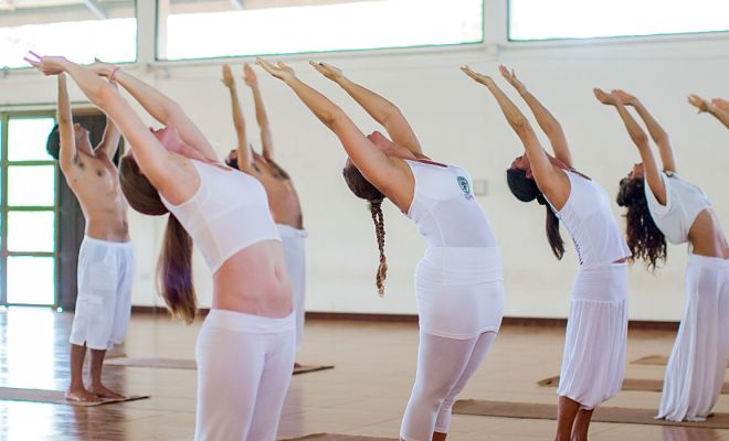 How does yoga help digestion? 1