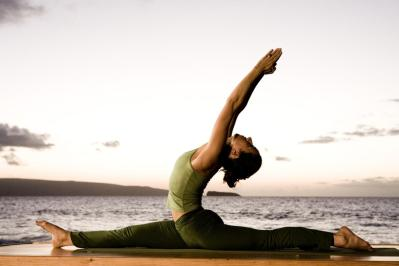 What are some joint friendly yoga postures for beginners? 7