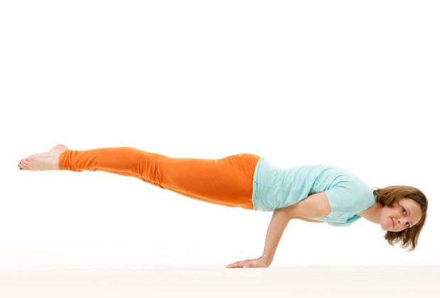 What all yogasans(yoga exercises and meditation) should I prefer for losing stomach fat? 14