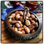 Holiday nut bowl. Classic!