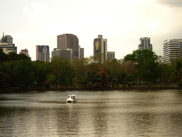 Tretboot fahren Lumphini Park Bangkok
