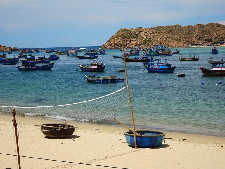 Strand mit Booten