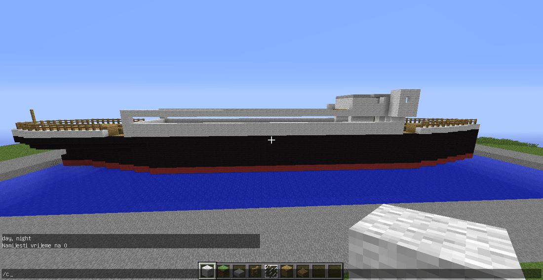 Building  Minecraft Titanic