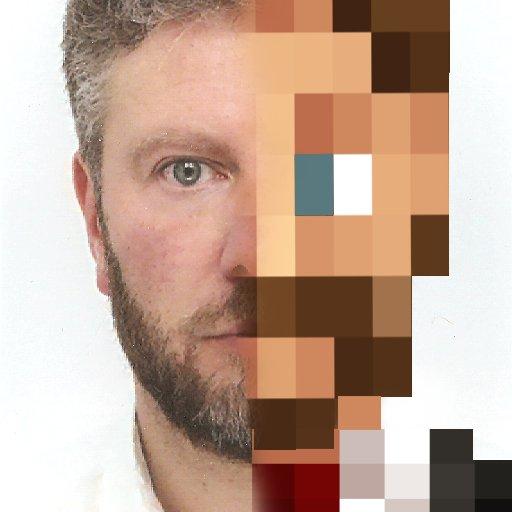 Аватар Стефана Клоатра в твиттере. Сразу понятно, что Minecraft ему очень близок.