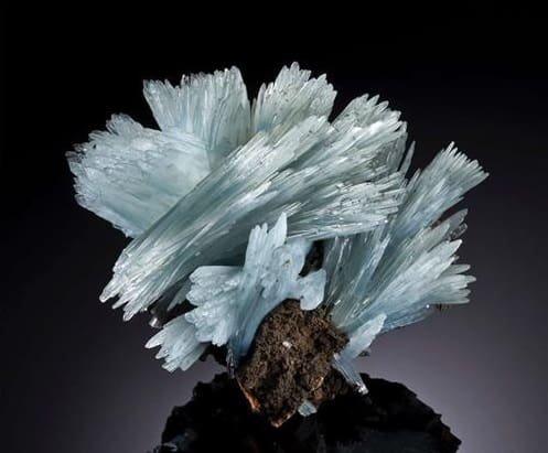 Remolino de cristal de barita azul
