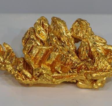 Cluster de oro cristalizado