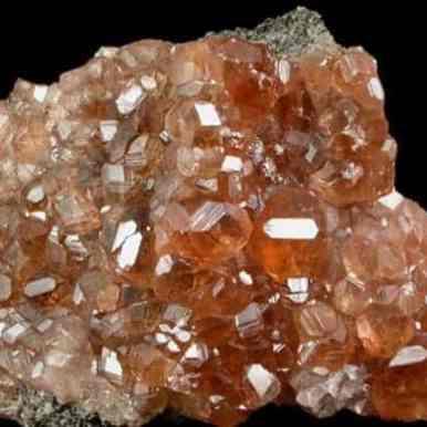 Racimo de cristal hessonita